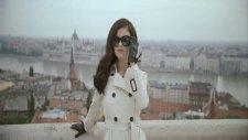 Selena Gomez - The Scene  Round Round