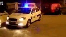 Polis Sireni İle Candy Shop