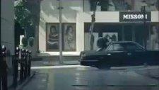 onu sen yagmurlarda ıssız sokaklarda aglarken gordunmu