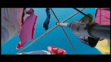 the black balloon fragmanı 1