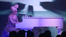Lady Gaga- Speechless Live At The Vevo Launch Event