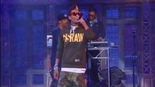 Wiz Khalifa- Roll Up 2011 Live On Late Show