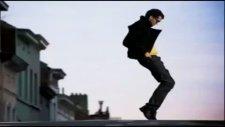 Alone Dance Videosunu İzle Müzik Mynet Video