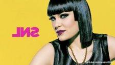 Jessie J - Mamma Knows Best Snl Live Performance