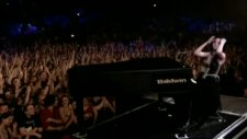 Evanescence - Bring Me To Life Video Live İn Europe