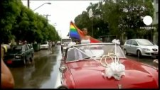 gay man marries transexual in cuban first