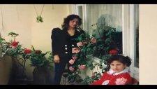 39  Mutlu -  Annelerin  Güzeli