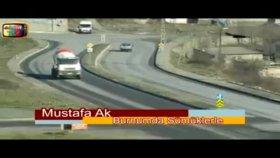 Mustafa Ak-Burnumda Sümüklerle