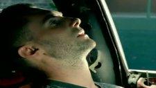 Maroon 5 Wake Up Call