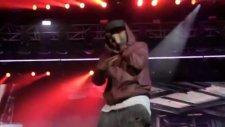 Eminem Ft. Royca Da 5'9- Fast Lane & Lighters [live İn 2011]