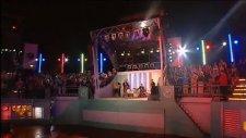 Girls Aloud Simply The Best 04 09 2004 Love Machine