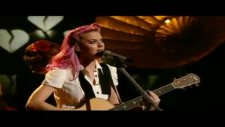 Katy Perry - The One That Got Away - X Factor Canlı Performans - 2011