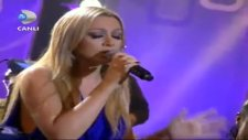 Beyaz Show - Hadise - A Song For My Mother