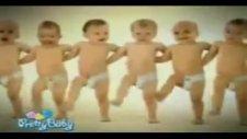 Komik Bebekler Arap Söyliyo Bebekler Oynuyo