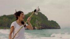 Yeni Molped Reklamı Issız Adada