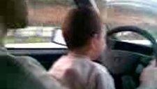 m ali araba kullanırken