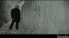 Berkay Ele İnat Orjinal Video Klip  2011