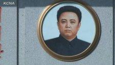 Kuzey Koreli'lerin Liderleri İçin Tuttuğu Yas
