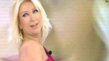 Seda Sayan Bu Fasulya İsimli Şarkıyı Canlı Canlı Söylüyor