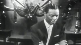 Nat King Cole - The Christmas Song Chestnuts Roasting...