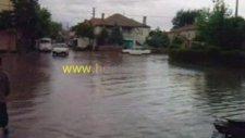 Esence Kasabası Su