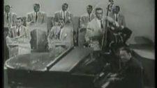 duke ellington caravan juan tizol 1952
