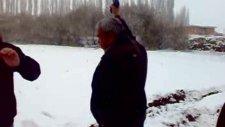 Karacaörende Silahlar Konuştu
