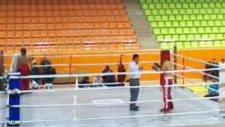 türkiye kickboks hakemlerinin adaletsizliği...!!!! elazığ vs bitlis