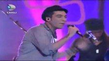 Can Bonomo - Bana Bir Saz Verin (Beyaz Show )