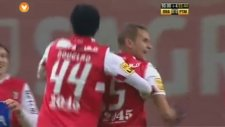 Braga'lı Hugo Viana Orta sahadan öyle bi gol attı ki