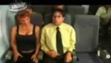 Uçakta Yaniniza Bayan Oturursa Ne Yaparsiniz??