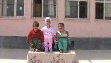 Sırçalı İlköğretim Okulu 23 Nisan Gösterileri (5.sınıf)
