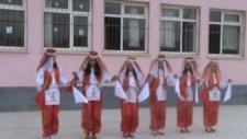 Sırçalı İlköğretim Okulu 23 Nisan Gösterileri (Halkoyunları)