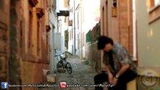 Özgür Kıyat - Leblebi Koydum Tasa Orjinal Video Klip 2012