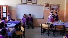 Yenikent İlksan İlköğretim Okulu 5. Grup 3/e Sınıfı Türkçe Dersi Drama