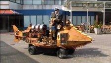 Sokak Müzisyeninin Ekmek Teknesi