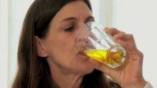 Woman Addicted To Drinking Urine.... My Strange Addiction