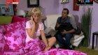 1 Kadın 1 Erkek (51. Bölüm) (yatak odası) - 19