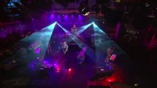 Coldplay - Every Teardrop Is A Waterfall Live On Letterman