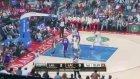 4-4-12 Blake Griffin put-back slam over Pau Gasol