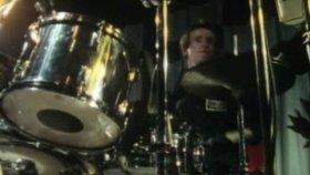 The Clash - Tommy Gun