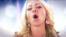 Nina Kristin - Must Be Love