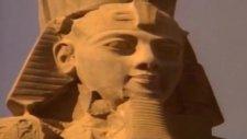 Mısır Piramitleri İnşası