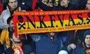 Hd Sen Nerdeysen Biz Ordayız Galatasaray / Yeni Mars 2011 Sözleri