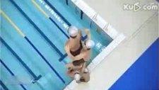 Japonlar Yüzme Yarışını Nasıl Kazandılar