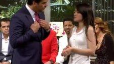 Abisi Vefat Eden Genç Kızın Beyaz Show'da Duygulu Anları (Beyaz Show 18 Mayıs 2012)