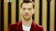 Sinan Akçıl Fark Atıyor Orjinal Video Klip 2012