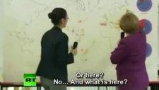 Merkel Haritada Berlin'i Bulamadı