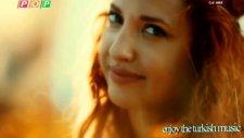 Ayşe Özyılmazel - Su Gibi Gel (Video Klip) Yeni