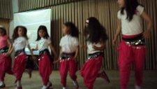 Çiçekçi Kız Sivrice 75. Yıl İmkb İlköğretim Okulu 2/a Yıl Sonu Gösterisi